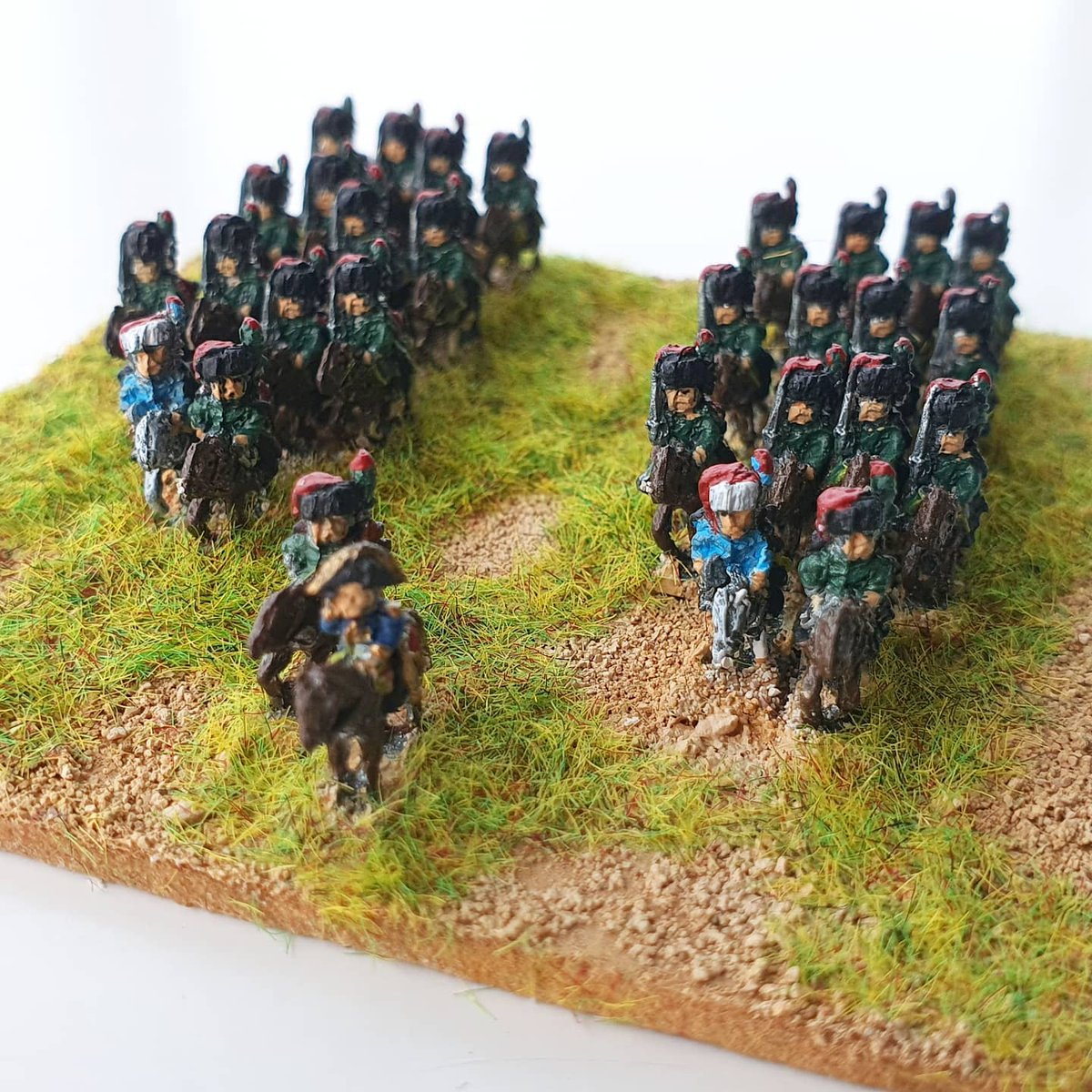 Just off the painting table, @6mmBaccus Napoleonic French Chasseurs à Cheval de la Guarde. #6mmwargaming #napoleonicwargames #miniaturewargaming https://t.co/6N2ebcmaep
