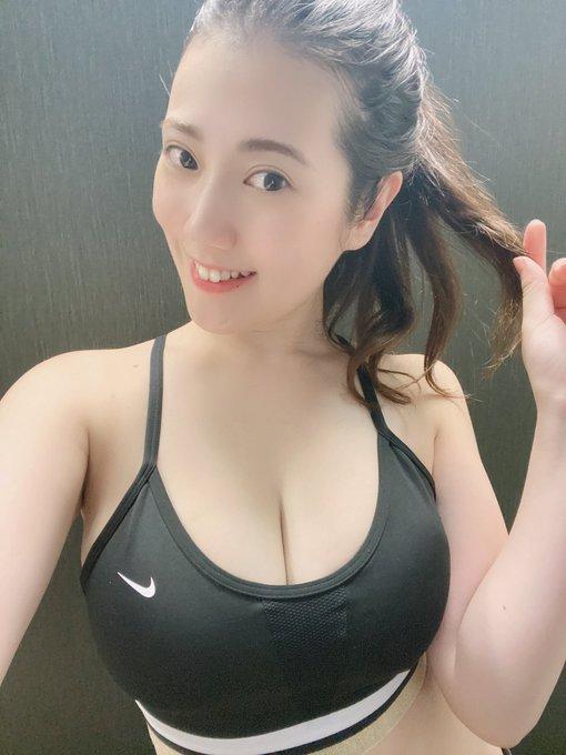 グラビアアイドル草野綾のTwitter自撮りエロ画像33