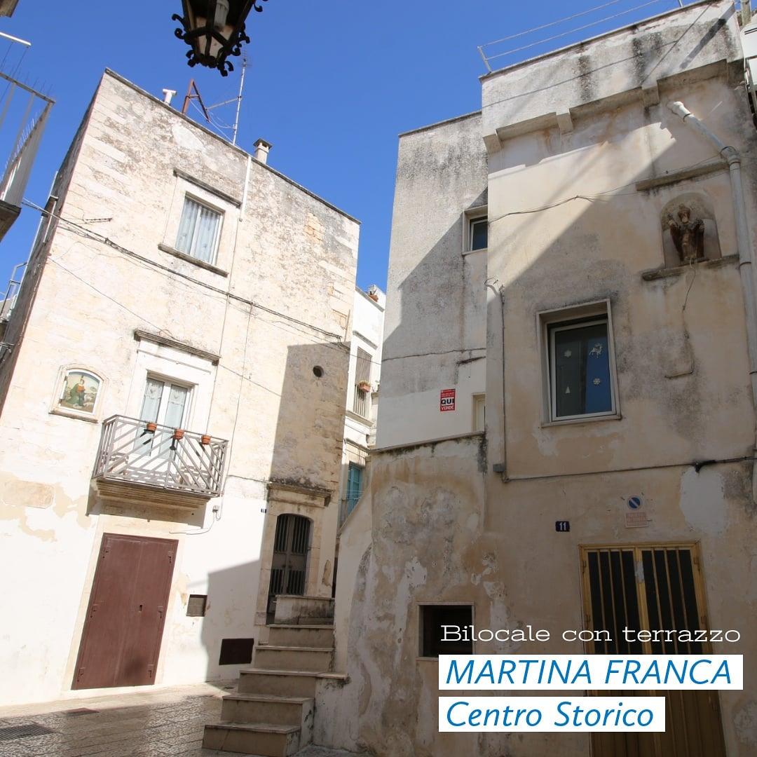 Rif. 1529 #Bilocale con terrazzo in #vendita #Martinafranca #Puglia, #Taranto 🔑 Via La Favorita 45 mq   2 Vani   2 Bagni #myprojectcasa #immobili #immobiliare #home #caseinvendita #realestate #valleditria #apulia #trulliinvendita #trulliforsale https://t.co/sWdNTclEaL https://t.co/oPv4ckBDEN