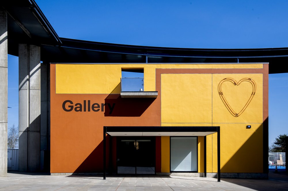 The much loved @MK_Gallery is reopening tomorrow (11th September) - you can find out more about their current exhibition and how to book FREE tickets here: https://t.co/W0v5OUAup0 https://t.co/5PSoa7zdC2