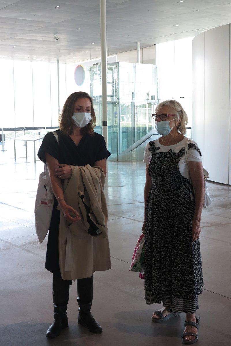 """Visite guidée au @MuseeLouvreLens avec Juliette Guepratte @JulGuepratte passionnante, et surtout passionnée. Le """"Noir"""" tout un programme et toute une histoire fort bien commentée et racontée par Juliette! Les Amis du Louvre-Lens vous remercient !!! ❤️❤️❤️"""