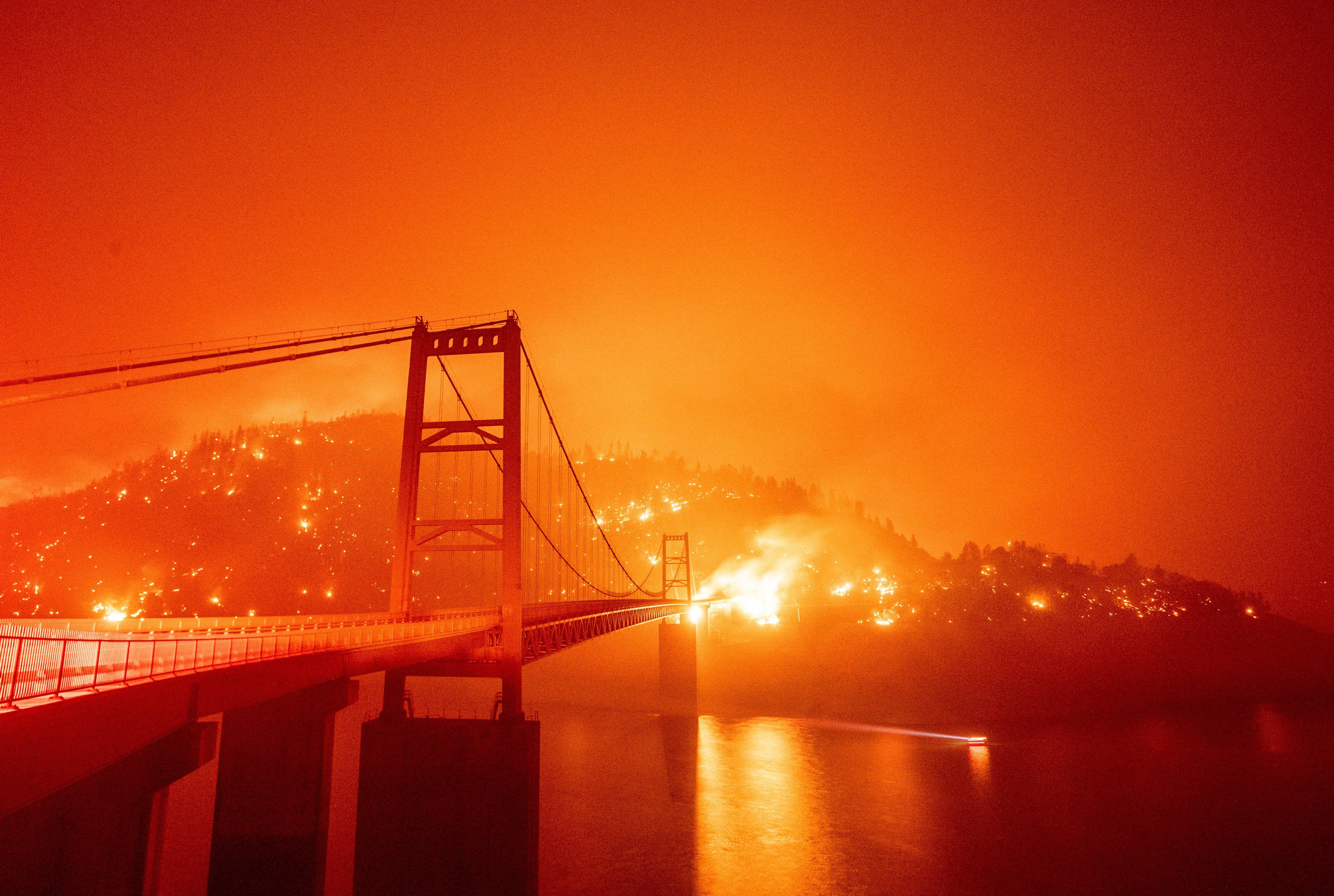 Kebakaran hutan di San Fransisco jadi penyebab langit di West Coast berwarna oranye