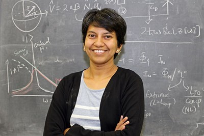 """Archana Kamal @UML_Sciences physics professor and internationally known expert on #quantum information technologies, will co-present a free @TEDx talk on the next quantum revolution as part of the """"Breaking Barriers"""" series Friday, Sept. 11, 8:30 a.m. https://t.co/ETxq9kbVb6 https://t.co/nF5UeGzZin"""