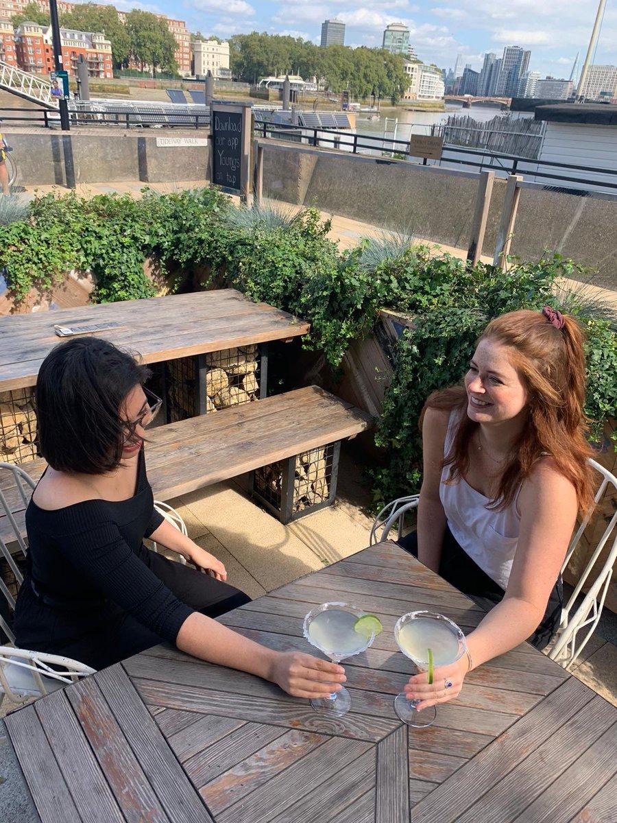 Margaritas on the terrace 😎 🍸🍸#sunshine #terrace #cocktails https://t.co/ukJLSCcvXt