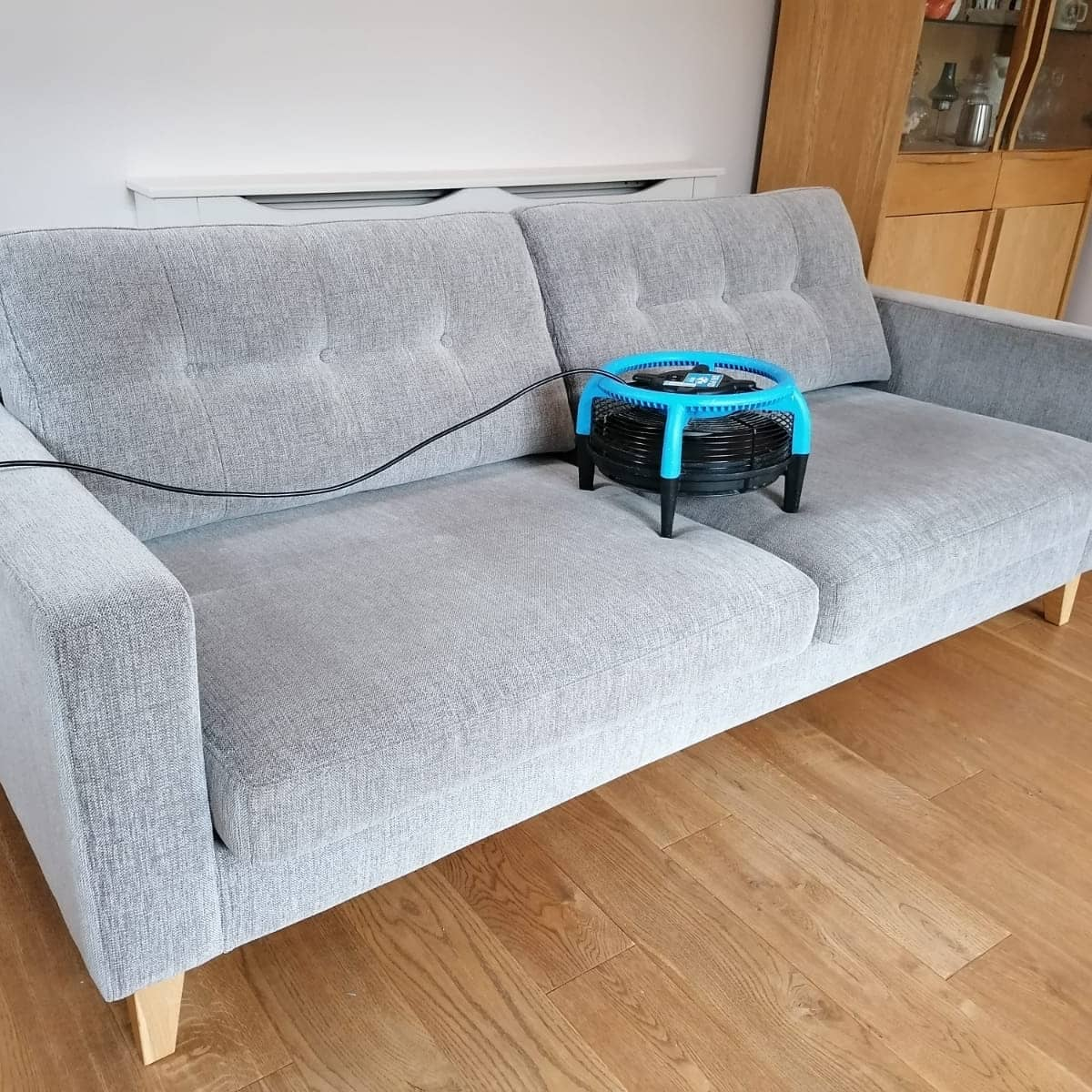 From Rodley too Calverley for a Christopher Pratt's purchased suite cleaned correctly with accelerated drying. If you are looking for quality services from highly trained and experienced technicians contact Fabricmax. #calverley #rodley #furniturecare #carpetcleaners https://t.co/bsk2ZiOkE7