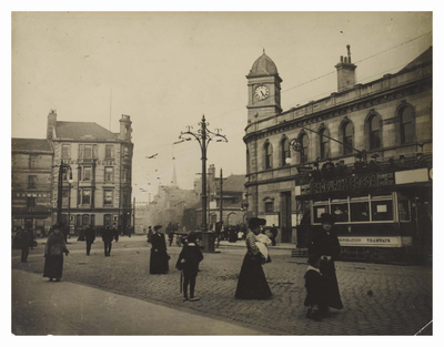 📍 The Foot of Leith Walk in 1912  Did you know? 💡 #leithwalk follows the pedestrian walkway which ran along the top of an earthen rampart constructed to defend #edinburgh against Cromwell's army (1650).  Discover Leith 👇 https://t.co/rxfb0txLOM  📸Capital Collections https://t.co/MeXktuSo0a
