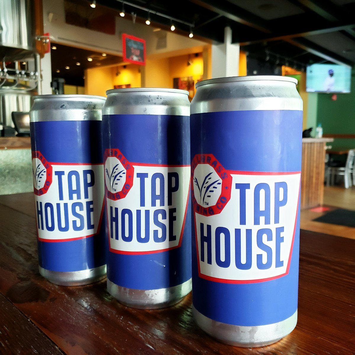 Wipe away your cold weather blues by picking up a crowler or two! Crowlers are $5 ALL DAY!!!  #TapHouse #DowntownMHK #CraftBeer #DrinkLocal #Brewery #TapHouseToGo #Crowlers #ManhattanKS #DrinkMHK #MHKBeer #KansasBeer #5DollaHolla #Cheers https://t.co/rEQSnDbhRY