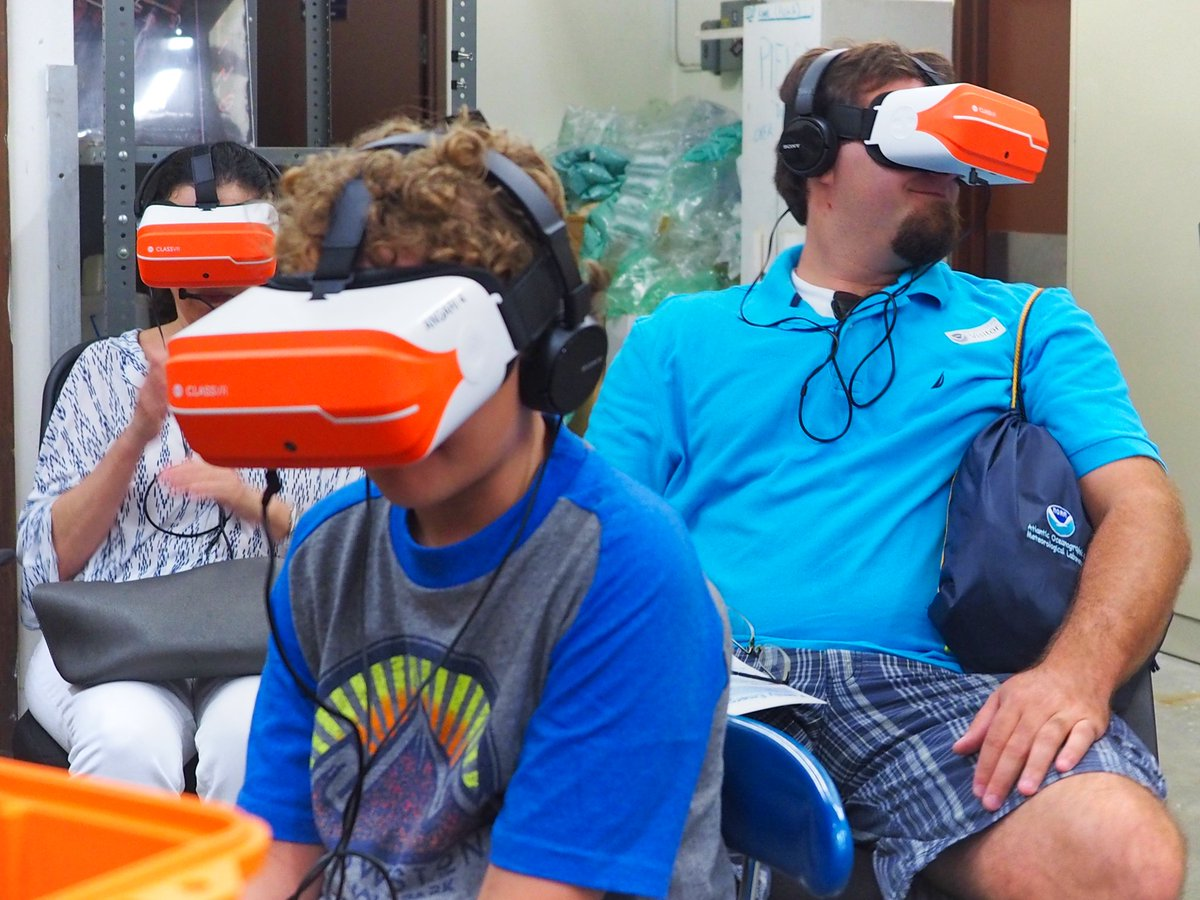 TBT to our #GenerationOcean: #CoralReefs #360film premiere at the @NOAA_AOML Open House in May 2018! Using #VR to immerse visitors in the awesome reef research being done by their scientists in the @FloridaKeysNMS was a great way to raise awareness & appreciation for all they do! https://t.co/gUjU9LBpkm