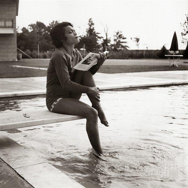 "Eartha Kitt, circa 1960 ""I wouldn't bother to describe me. I'm Eartha Kitt."" https://t.co/KcfQ5XELCh"