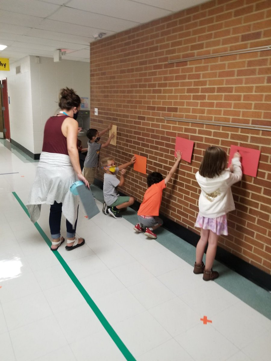 Mrs. Perschbacher used the hallway to work on some design tracings. @FoxC6Schools #FoxC6Strong #rkpraptors