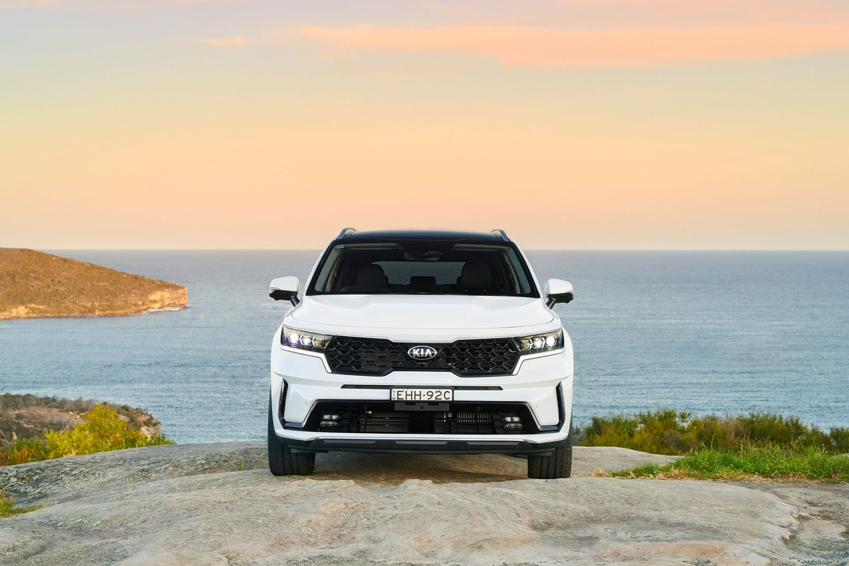 International News: See The New 2021 KIA Sorento From Every Angle As It Lands In Australia With Two Engines #KIA #kiaaustralia #KiaSorento #NewDesign #PowerToSurprise #LookingSharp #Carscoop https://t.co/5UJg4gGCaG https://t.co/aWShU1mFez
