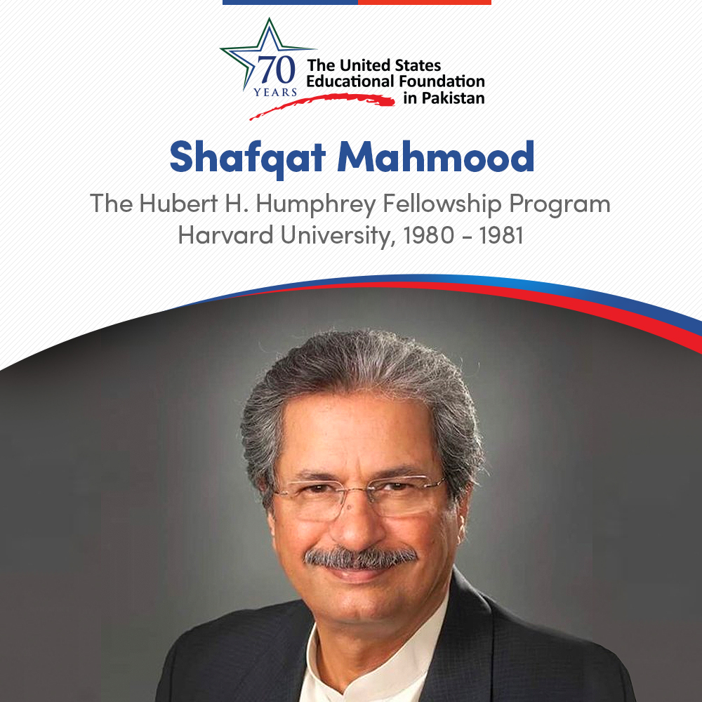Shafqat Mahmood, Federal Minister for Education and Professional Training, and National History and Literary Heritage, attended Harvard University as part of his @HumphreyProgram Fellowship in 1980.  #USEFP70 #ExchangeAlumni #Partners4Prosperity #USPAK https://t.co/zeQrsjV4wa