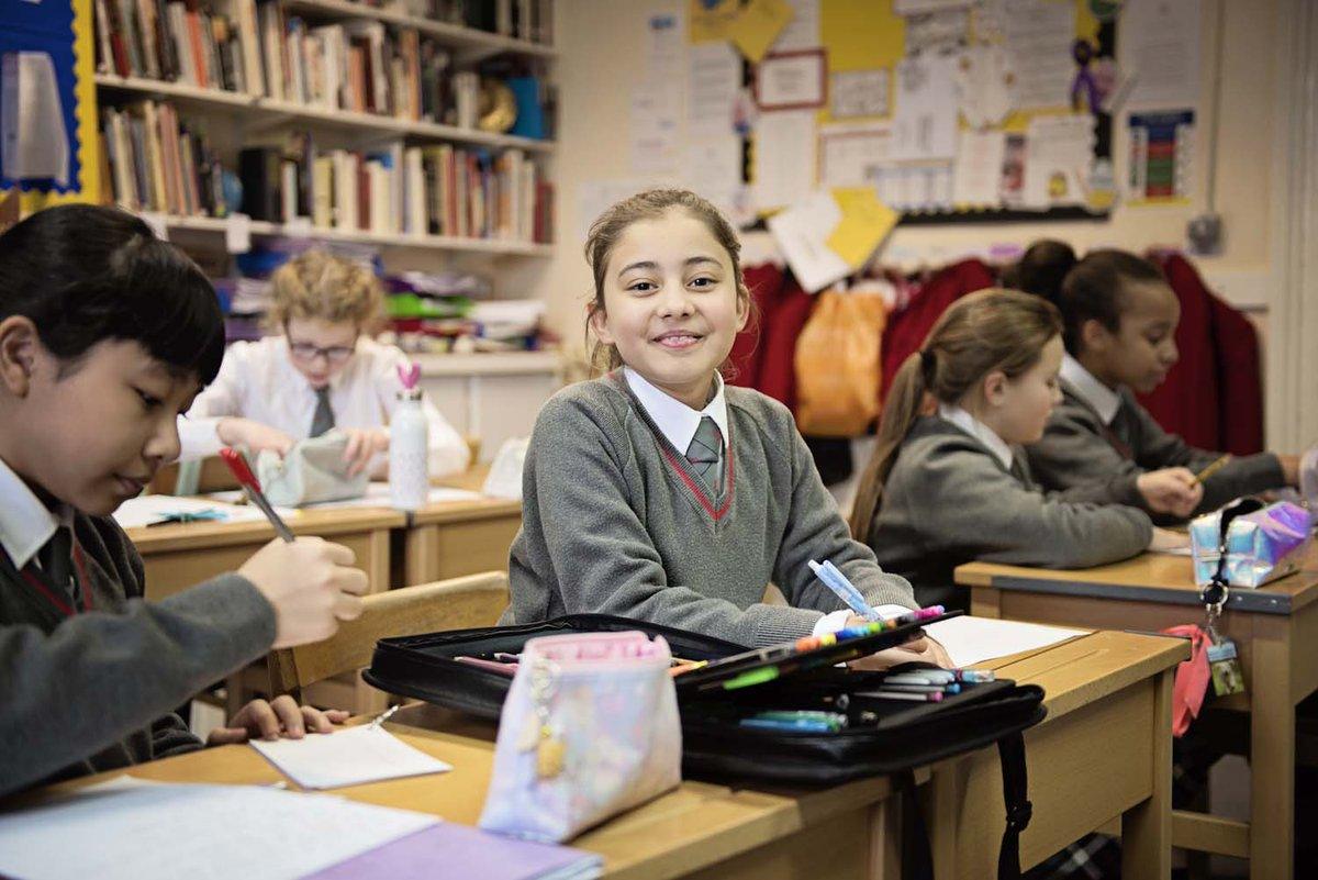 """We are an incredibly diverse and multi-talented community, where each girl is cherished and supported in being the very best version of herself.""  More from @thorntoncollege here 👇 https://t.co/xWNDEra17C  #MKNews #MiltonKeynes #Education #Buckingham https://t.co/v2eBUw9E6w"