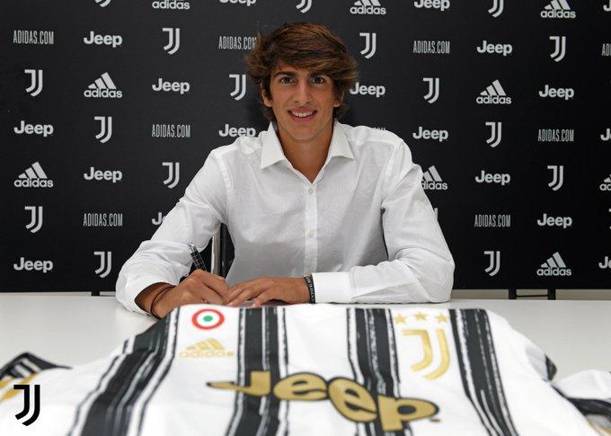 Barbieri signe à la Juventus Turin