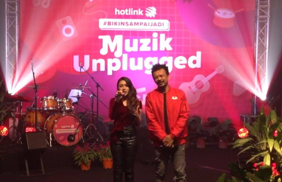 Itulah dia geng persembahan mantap artis-artis meleTOP kita di pentas Muzik Unplugged Hotlink! 🔥🔥So gunakan pro tips tu baik-baik & semoga sukses selalu. Dari Malaysia ke 100 Billboard, #BikinSampaiJadi apa jua impianmu dengan Prabayar Hotlink Tanpa Had 🏆🏆 https://t.co/tNOCEv9u1N