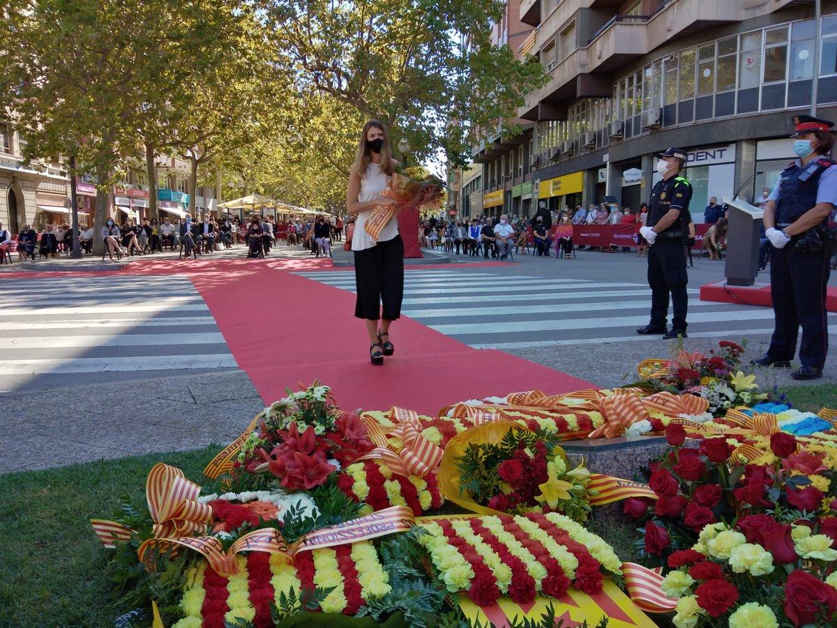Un any més, des del @CNMinorisa, estem orgulloses de representar la nostra entitat en l'acte institucional de la Diada Nacional de Catalunya a #Manresa     🟨🟥🟨🟥🟨🟥🟨🟥🟨 #natació #waterpolo #triatló #natacióArtística  #Diada2020 #DiadaManresa https://t.co/lsjJQ8IhRs