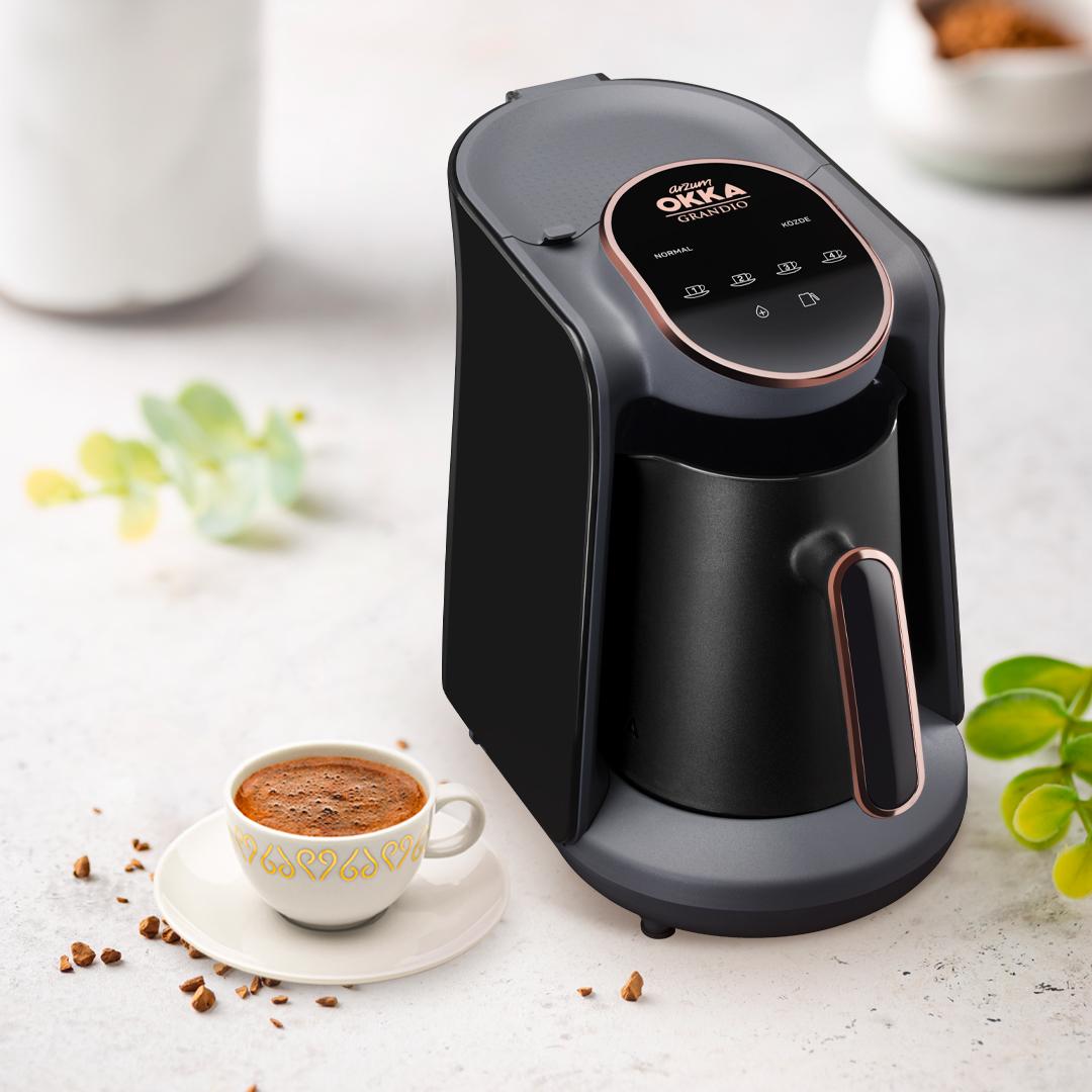 OKKA'lı bir Türk kahvesine kim hayır diyebilir ki? ☕️ Arzum OKKA Grandio Touch'ın akıllı su teknolojisi ve dokunmatik paneli sayesinde OKKA'lı Türk kahvesi keyfiniz bir dokunuş uzağınızda! ❤️ #Arzum #ArzumOKKA #OKKAGrandioTouch #GrandioTouch #Türkkahvesi https://t.co/6sqAlFu1AS