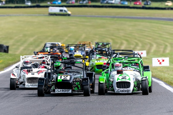 The 750 Motor Club heads to Snetterton this weekend (Sunday 13 September) for another busy day of club-level motorsport.  To guarantee admission to this event you must purchase tickets in advance by 4pm today.  https://t.co/bhqUFDBrTZ https://t.co/fyoThtWrJt