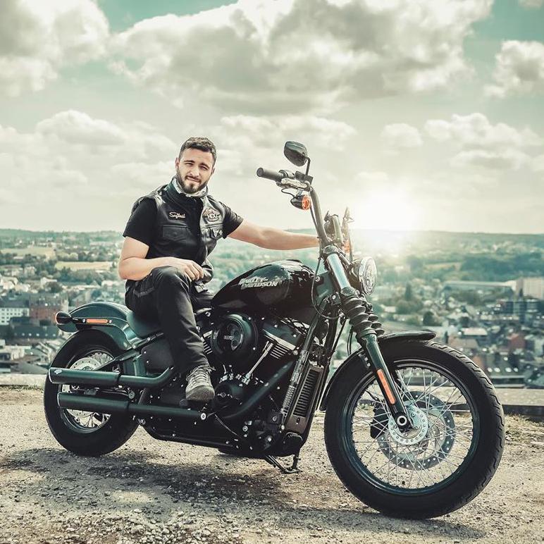Los fines de semana son para montar en Harley. ¿Dónde váis esta vez?  📷 Maikon Frank  #FindYourFreedom  #LiveYourLegend  #FreedomMachine #HarleyDavidson https://t.co/Faf4Miw3ZY