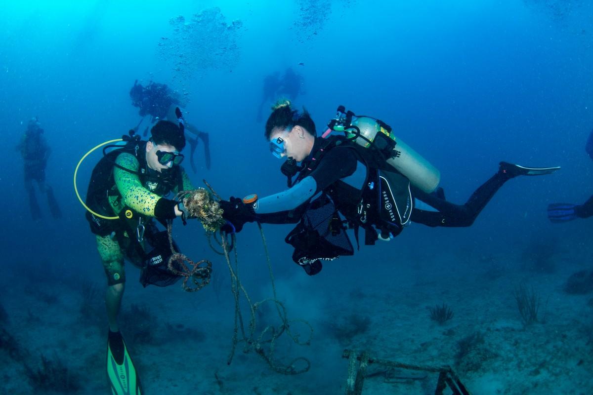 #DiveAgainstDebris data helped inform the first global marine debris study 👇https://t.co/yM3x3N5aDD Want to join the largest underwater citizen science movement? #DiveAgainstDebris, make #EveryDiveaSurveyDive and #AdoptaDiveSite. Your data matters!  @CSIRO @OurOcean #AWAREweek https://t.co/XExvkjtxRV