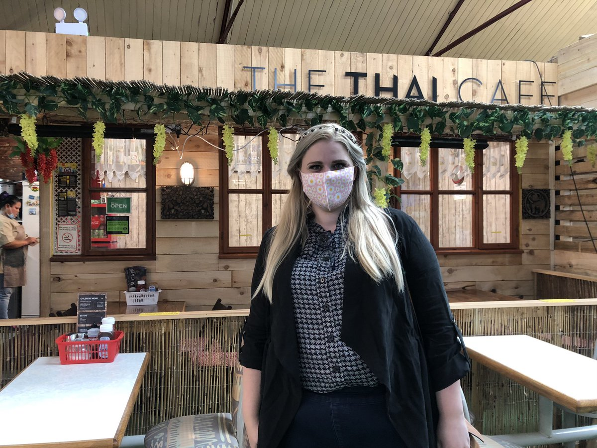 Just had the most amazing Pad Thai at The Thai Cafe in #Ponty market. Great to see the market so busy and everyone social distancing and wearing face masks. #pontymarket #pontypridd. https://t.co/FSH4Y6LEEW