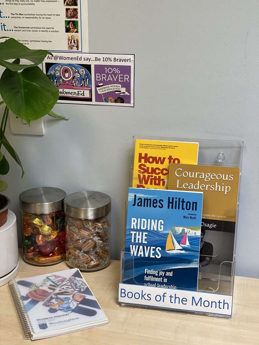 I've had an enjoyable first week at my new school😀  My office is now sorted & bookcase loaded to signpost great books to staff  My ⭐️ Sept recommendations to colleagues: @diana_osagie Courageous Leadership @TheSumoGuy How to Succeed with People @jameshilton300  Riding the Waves https://t.co/TdcgwGPvyU