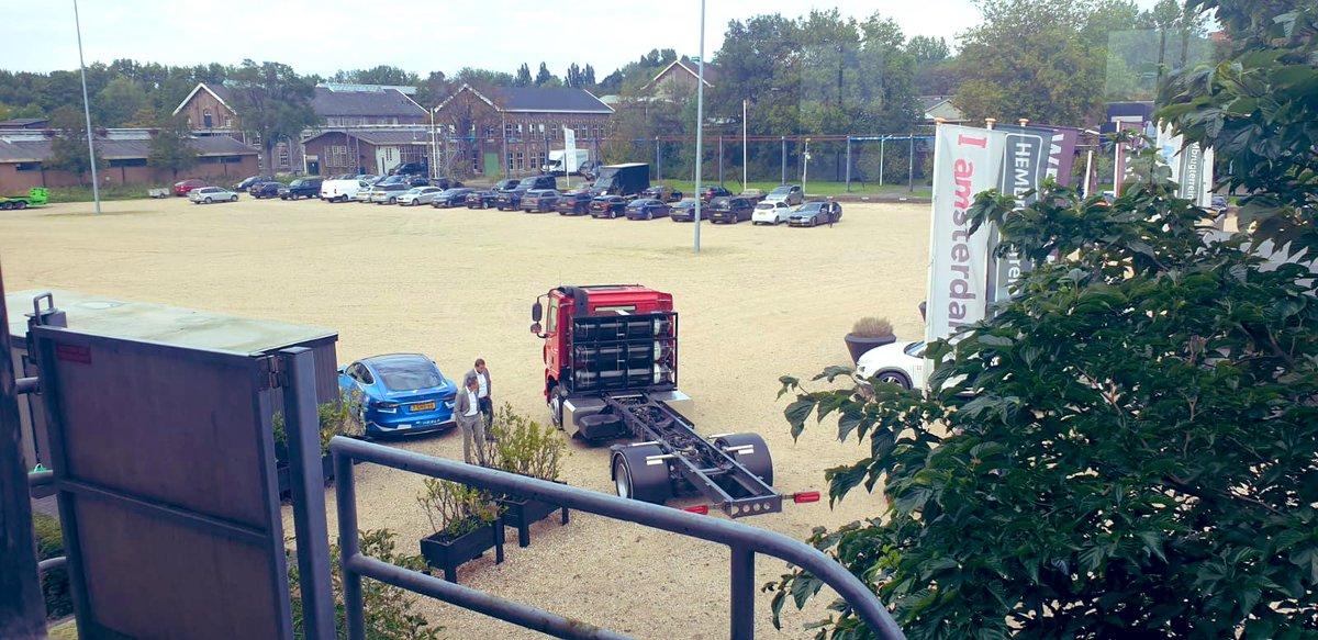 """Ons test parcours gisteren in Amsterdam voor de demo van de waterstof vrachtwagen. """"Uut Grunn""""  #wegenbouw #zeroemission #Amsterdam #westpoort #Holthausen #waterstof @PortofAmsterdam @Energypoints1 https://t.co/IJqZ1jiR7z"""