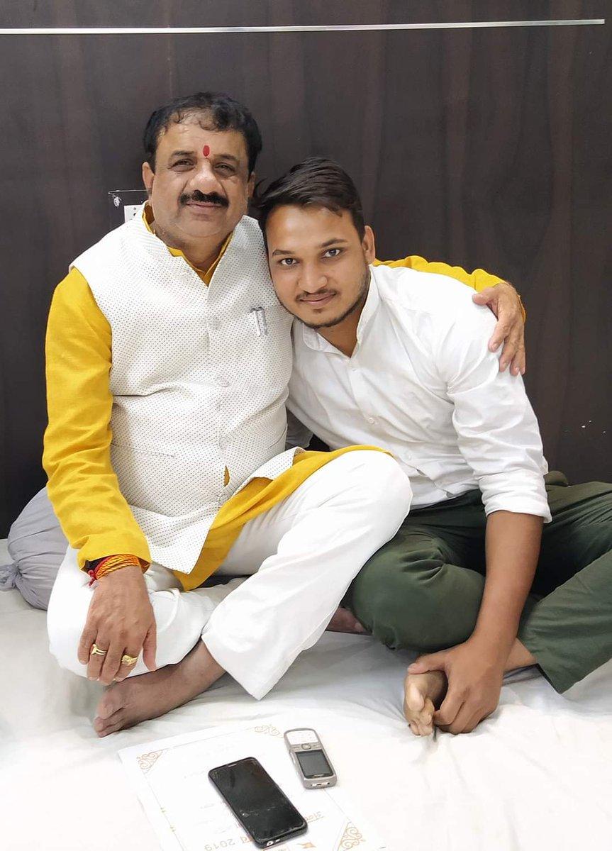 🚩भारतीय जनता युवा मोर्चा के मंडल महामंत्री🚩 🚩भाई #शुभम_कुशवाह_जी को #जन्मदिन की हार्दिक बधाई शुभकामनाएं।🚩 🚩आप दीर्घायु हो।🚩 🚩प्रभु श्री राम जी की कृपा आप पर सदैव बनी रहे।🚩 ।।जीवेद् शरद शतम।। 💐💐💐💐💐💐 @Shubhamkonline