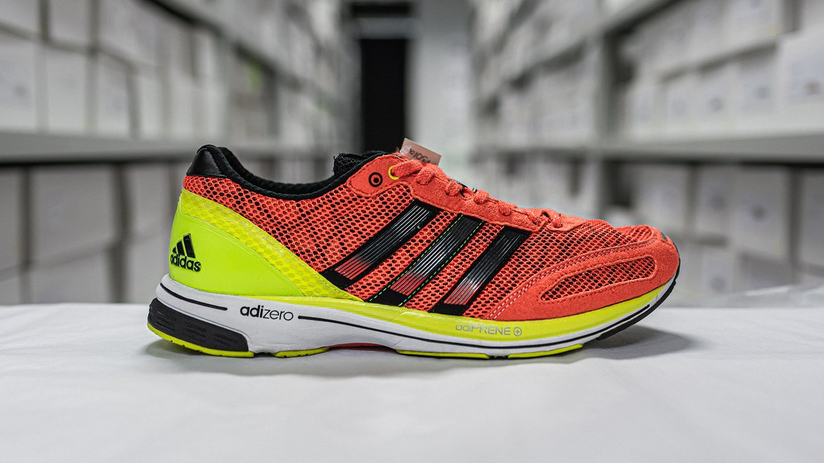 Patrick Musyoki wore the adizero adios 2 as he broke the world record at the 2011 Berlin Marathon. Taking the title from Haile Gebrselassie, this race signalled the passing of records from one generation of legendary adizero adios athletes to the next.