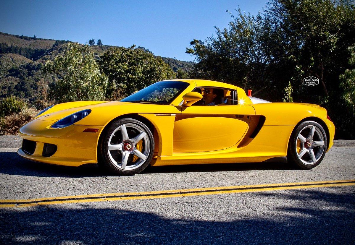 Legend status.  #porsche #porschecarerragt #hypercar #supercar #savethemanuals #notractioncontrol #drivetribe #porschepic #porscheclassic #porschelife #carswithoutlimits #keystothejungle #itswhitenoise #madwhips @Porsche @PorscheNewsroom @PorscheRetail @PorscheDesign https://t.co/0UQejutKt4