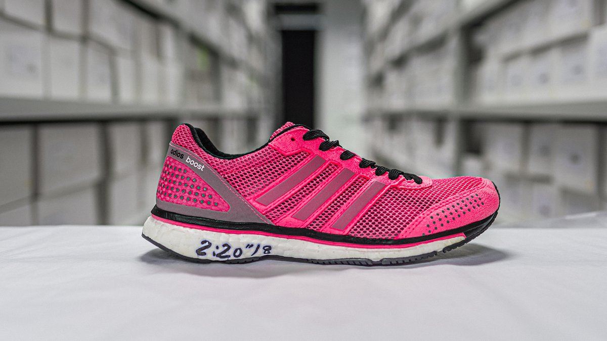 In a running shoe built for personal bests, Tirfi Tsegaye raced to victory in the 2014 Berlin Marathon wearing the adizero adios Boost 2.0. Her PB and competition were both left in the dust as Tirfi crossed the finish line.