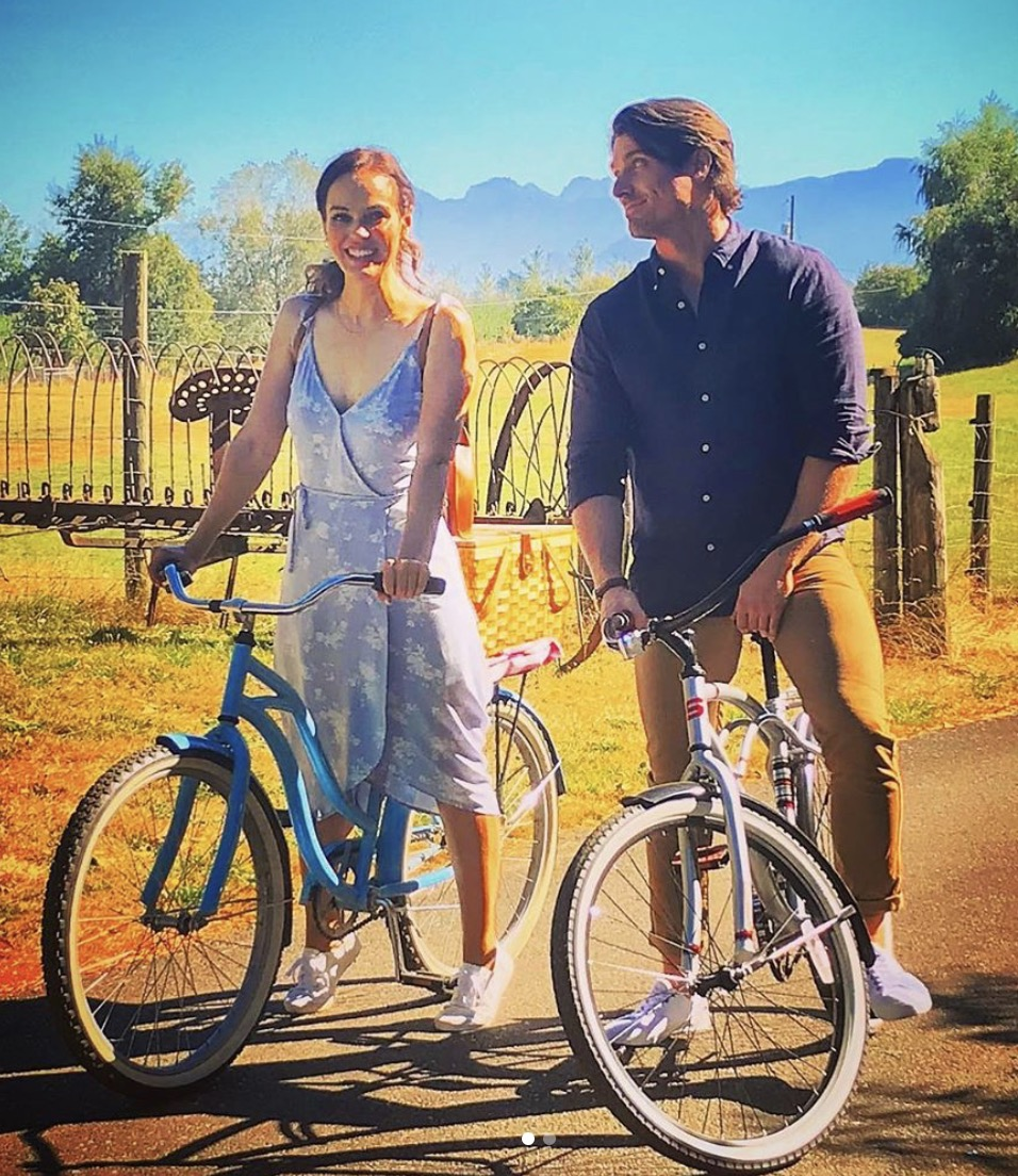 """Ho! Ho! Holiday Viewing! on Twitter: """"Definitely not Christmas, but  frequent Hallmark stars Marcus Rosner & Erin Cahill currently filming LOVE  STORIES IN SUNFLOWER VALLEY. """"The only thing that screams rom-com louder"""