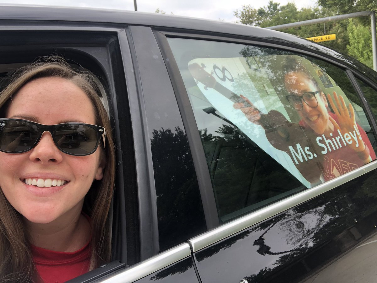 <a target='_blank' href='http://twitter.com/MsShirleyMusic'>@MsShirleyMusic</a> and Ms. B are ready for the <a target='_blank' href='http://twitter.com/APSMcKCardinals'>@APSMcKCardinals</a> motorcade tonight! Can't wait to see our students! 🎶🎶 <a target='_blank' href='https://t.co/hQPp3uxCWY'>https://t.co/hQPp3uxCWY</a>