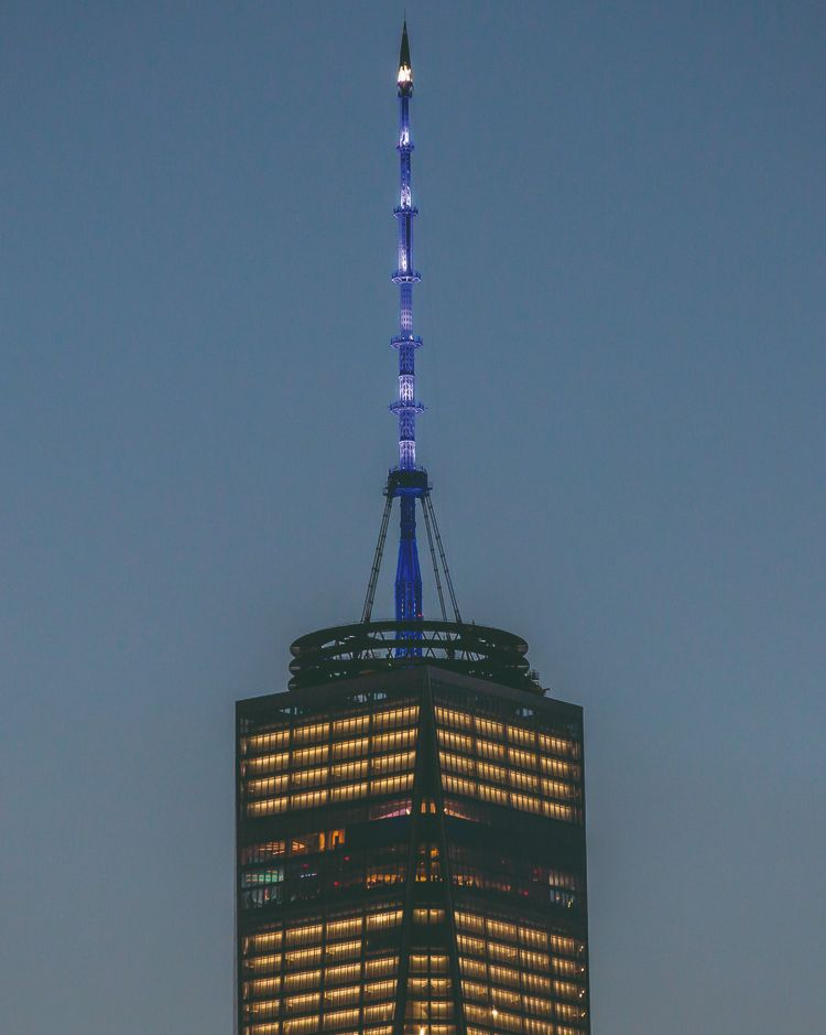 Tonight the #OneWTC spire will be lit blue in memory of the victims of #September11 and in support of the @Sept11Memorial. #Spireworks #neverforget