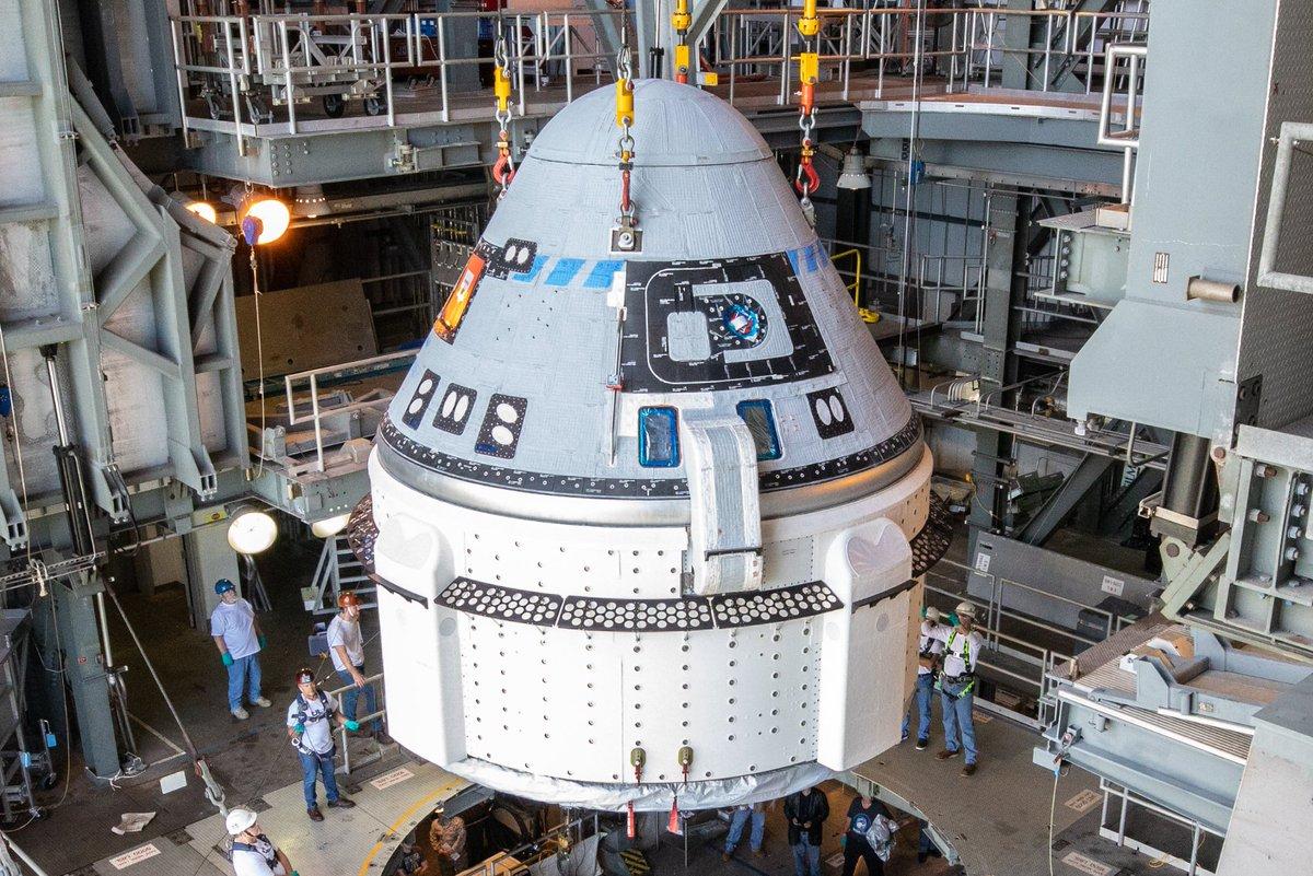 #CuriosidadesEspaciales S01E13: A la Luna en un cohete de segunda mano