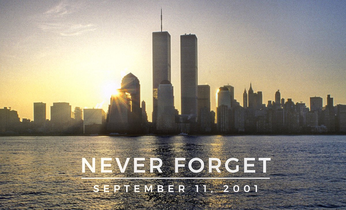 On this day 19 years ago, first responders were running into buildings while everyone was running out. May we never forget the hero's who tragically lost their lives including the 343 firefighters and paramedics, and 60 police officers #NeverForget 🇺🇸