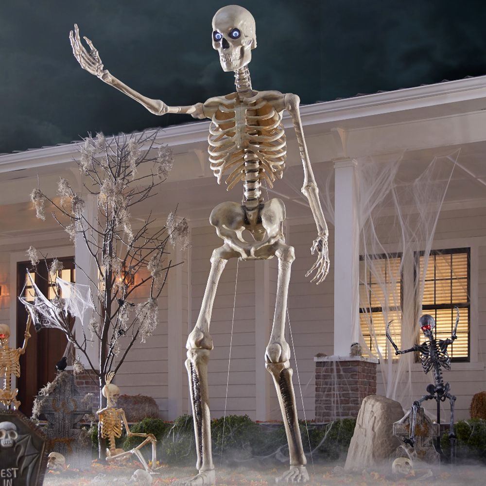 Dave Scheidt On Twitter There S A 12 Foot Skeleton You Can Buy At Home Depot
