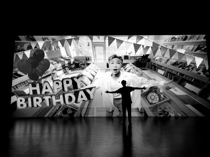 RM alias Kim Namjoon merayakan ulang tahun ke 26 pada 12 September 2020
