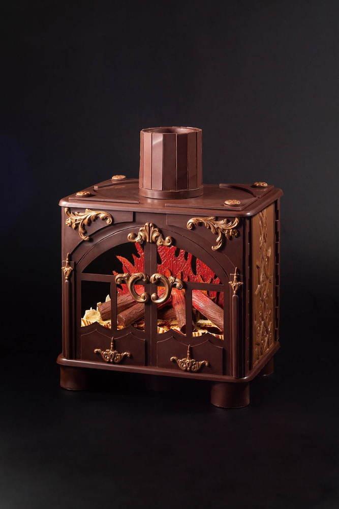 """京王プラザホテルのクリスマスケーキ2020、""""暖炉""""や""""本""""を模ったユニークなチョコケーキなど -"""