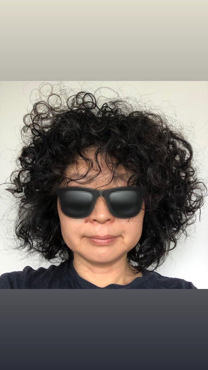渋谷と銀座のマツキ◯で化粧品品出しの派遣をやっていたとき、初めて銀座店で働いた日の帰りにこんなことを言われた。「店長曰く、銀座マツ◯ヨ的に◯◯さん(私)の髪型がNGなので、今日で最後ということになりました。◯◯さんは悪くないのだけと…」と。→