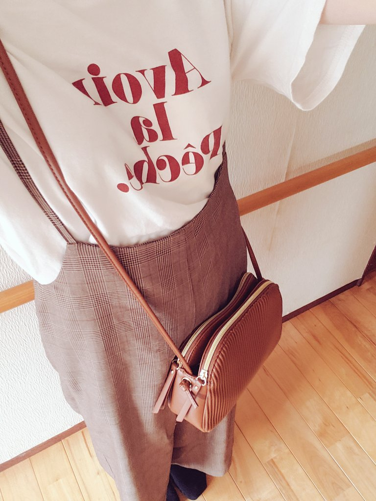 今日のコーデ😊🌼Tシャツ→あやさんパンツ→GU(去年?)バック→しまむらターバン→あやさん早く秋服着たいよ~🍁🍂#プチプラのあや #あやらーコーデ #あやらー #あやらーさんと繋がりたい #しまむら #しまむら購入品 #しまパト