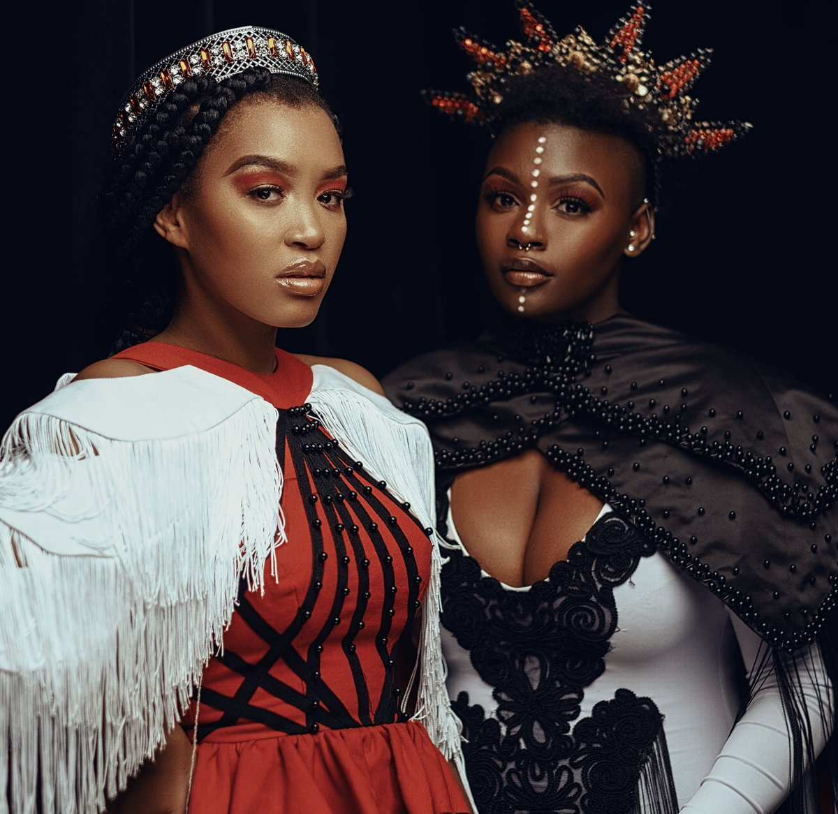 Were loving the shine these amazing women are creating, feeling the love today listening to @BeritaAfroSoul and @AmandaBlacks #Siyamthandana How does this song make you feel?