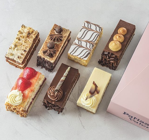 Saturday's call for treating yourself and there's no better treat that a slice of cake! 🍰    Especially when we've just made our cake slices over 20% BIGGER! 😮   What are you waiting for?   Find your nearest patisserie: https://t.co/VM6gGSGSDV https://t.co/nmAeOURSAD