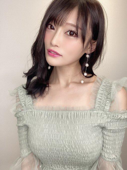 AV女優七海ひなのTwitter自撮りエロ画像54