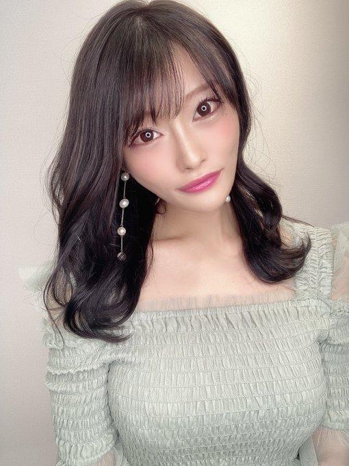 AV女優七海ひなのTwitter自撮りエロ画像53