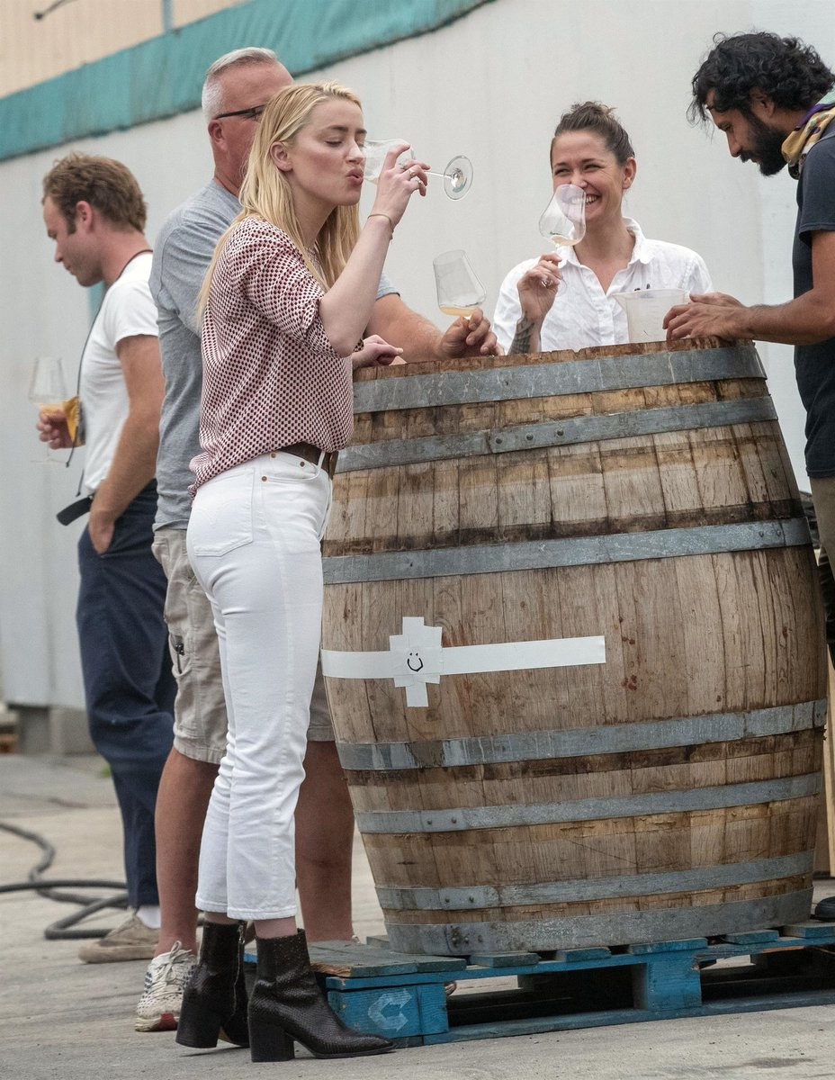 Amber Heard Daily On Twitter 𝑪𝒂𝒏𝒅𝒊𝒅𝒔 76 Hq Pics Of Realamberheard Bianca Taste And Choose Wine With Winemaker Abe Schoner In Los Angeles 𝐒𝐞𝐩𝐭 𝟏𝟎 𝟐𝟎𝟐𝟎 Https T Co Mhluyx7ph0 Https T Co Lvtkn3gmy6