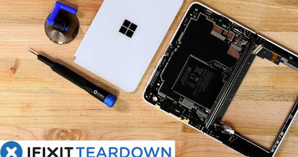 Peek into the guts of Microsoft's dual screen Surface Duo