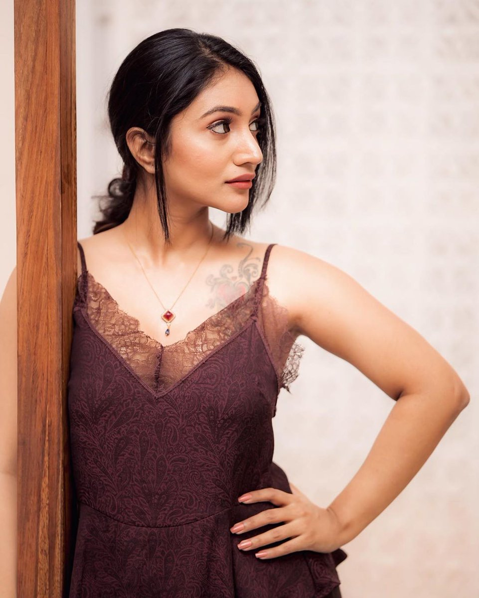 Pretty Doll  #BommuLakshmi 😍📸  @BommuLakshmi @Prabhastylish https://t.co/Owjox4e4PD