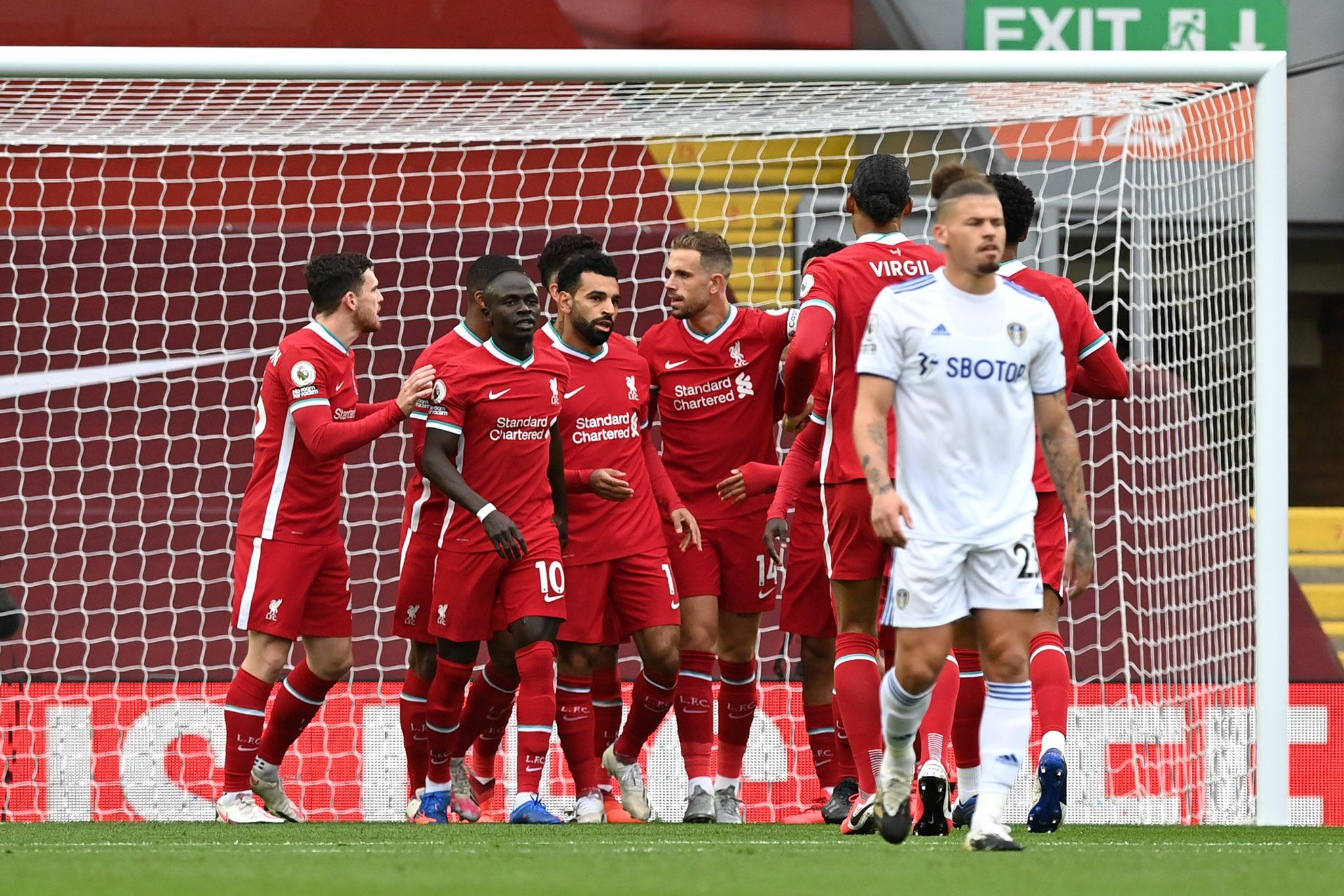 El Liverpool arranca la defensa del título imponiéndose al Leeds (4-3)