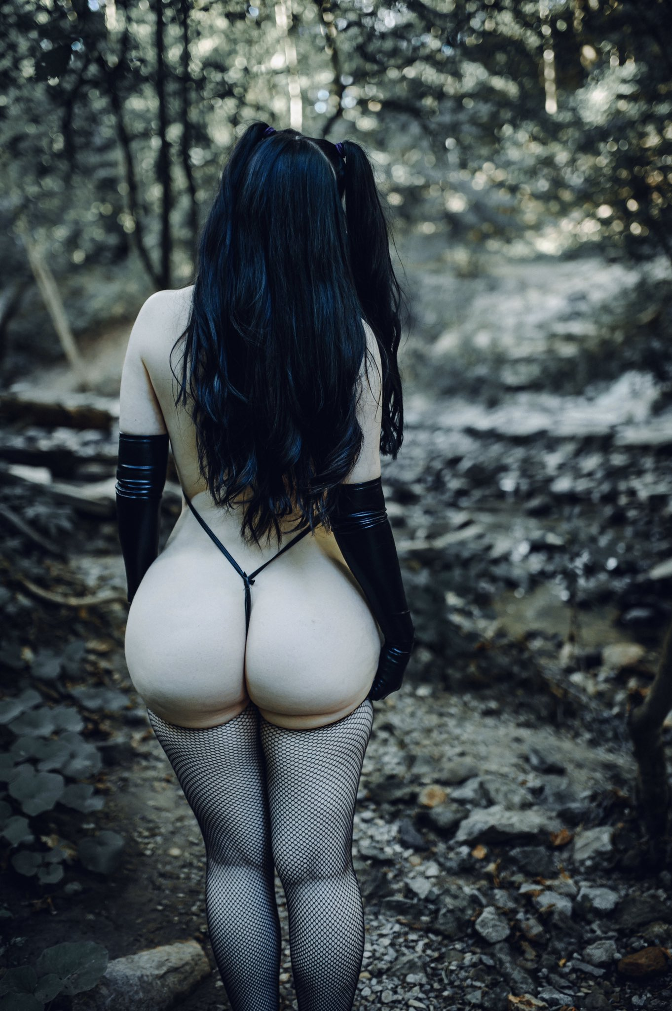Big booty content and gothic elf on my OF 🖤  https://t.co/wvf8AIR4aM https://t.co/vmCUBSNYvr